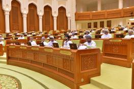 """الشورى يحيل مشروعي قانون """"شركات البريد والطرود"""" و""""الإحصاء والمعلومات"""" إلى مجلس الدولة"""