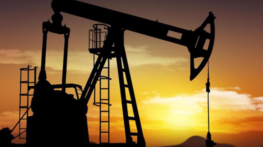 اتفاق سعودي روسي على تمديد اتفاق النفط