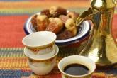وزارة سعودية تمنع الشاي والقهوة في المكاتب