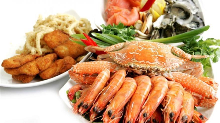 تناول المأكولات البحرية يسرع الإنجاب