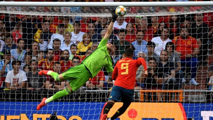 """التاريخ يمنح إسبانيا الفوز مجددا على السويد.. ورومانيا تهز شباك مالطا بتصفيات """"يورو 2020"""""""