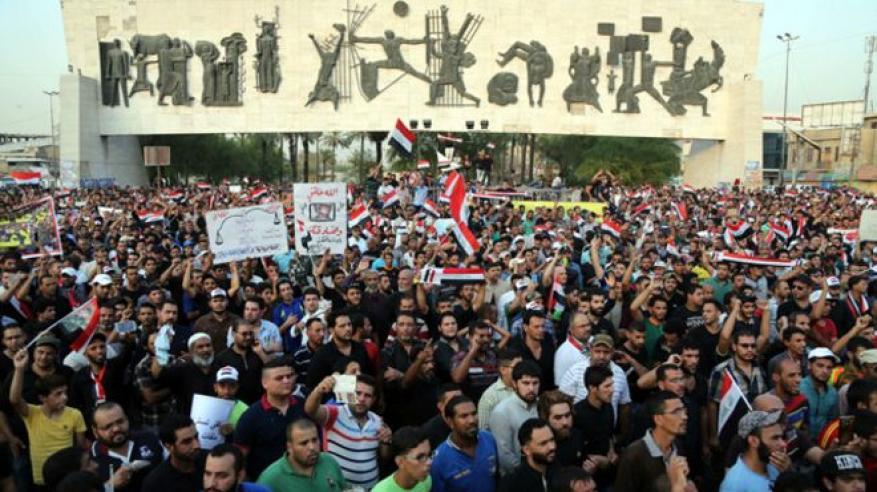 عراقيون يضربون عن العمل استجابة لدعوة الصدر