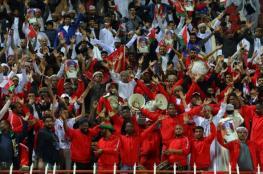 """تذاكر مجانية و10 حافلات لنقل مشجعي """"الأحمر"""" إلى أبوظبي"""