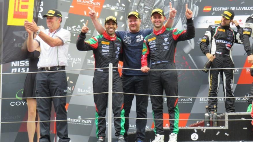 """فريق عمان لسباقات السيارات يتوج موسمه بلقب بطولة """"بلانك بان"""" الأوروبية"""