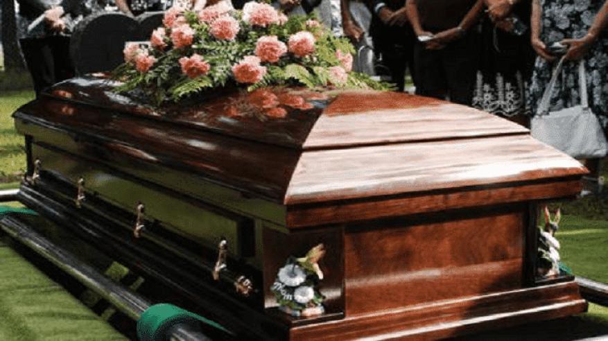 مفاجأة.. امرأة داخل تابوت يخص رجلا هنديا توفي بالسعودية