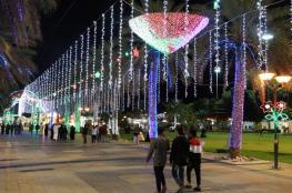 مسقط تتزين بالأنوار في مهرجان مسقط السياحي