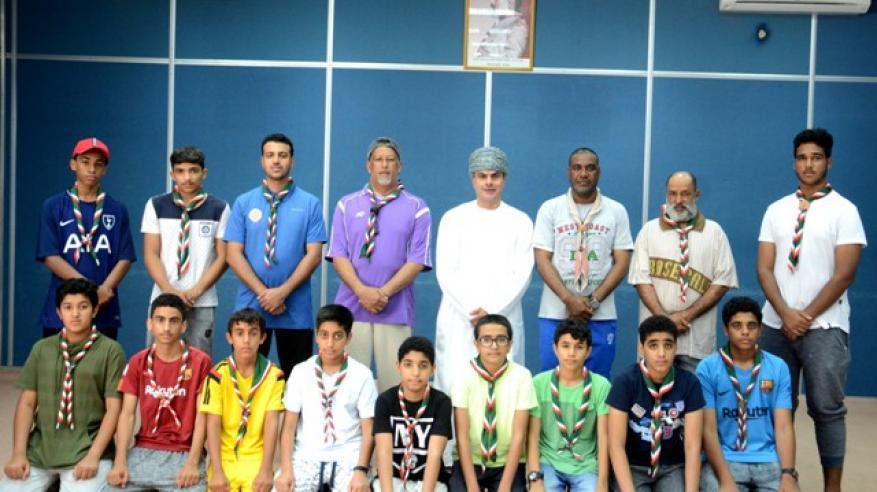 صورة جماعية للوفد الكشفي مع الدكتور المدير العام