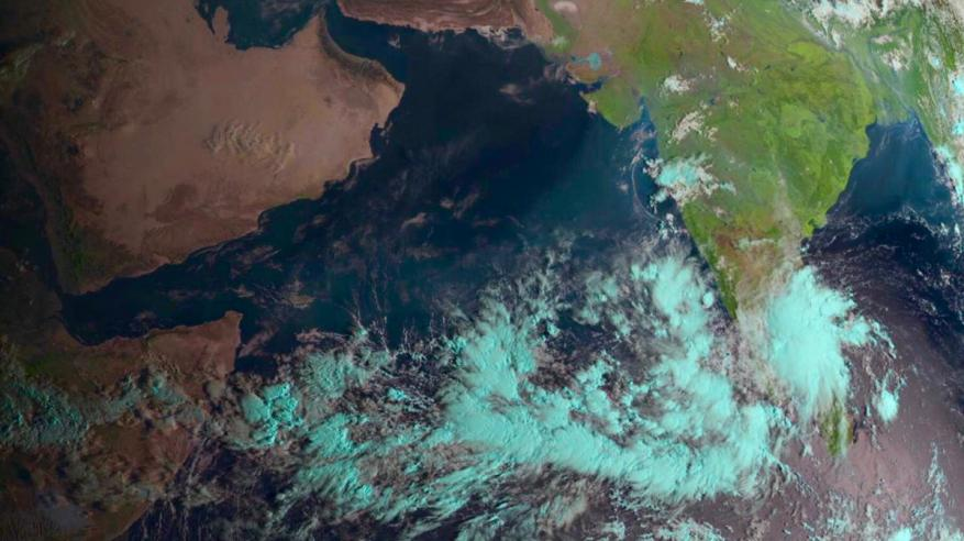 """آخر مستجدات الحالة المدارية في بحر العرب.. و""""الأرصاد"""" تعلن الجاهزية"""