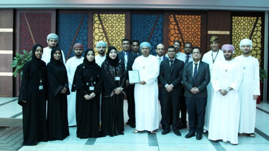 """تتويج بنك مسقط و""""ساس"""" بجائزة أفضل مبادرة لتحليل البيانات في الشرق الأوسط"""