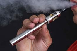 سيجارة إلكترونية تنفجر في فم شاب وترديه قتيلا