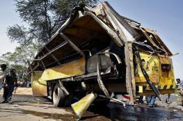 فيديو مروع ..مصرع 15 هنديا في حادث مروري