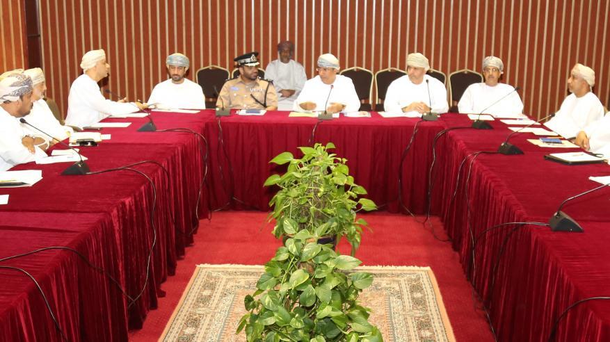 مناقشة الاستعدادات التنظيمية لانطلاق مهرجان التمور العمانية في 24 أكتوبر