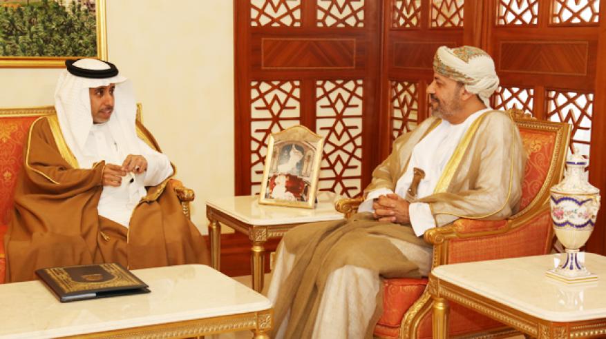 حمود بن فيصل يستقبل أمين عام مجلس وزراء الداخلية العرب
