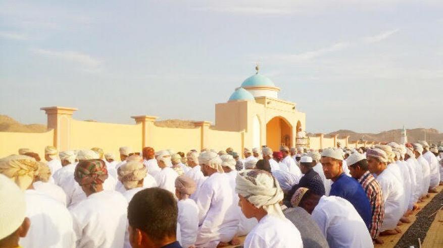 العبري يحث المسلمين على نبذ الخلافات