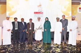 """تتويج """"تكافل عمان"""" بجائزة الأداء الأفضل من """"عالم الاقتصاد والأعمال"""""""