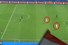شاهد.. لقطة غريبة في مباراة صعود الجزائر لنهائي أمم أفريقيا