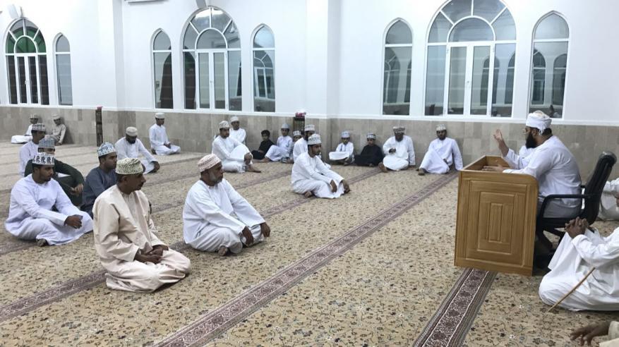 محاضرة عن الهجرة النبوية في جامع المسفاة بالرستاق
