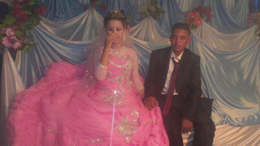 """""""أصغر عروسين"""" في الوطن العربي يثيران الجدل"""
