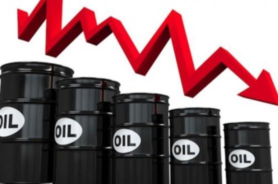 سعر نفط عمان يواصل الانخفاض