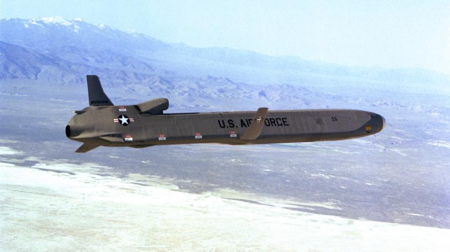 أمريكا تسعى لاختبار صاروخ موجه مداه الف كيلومتر