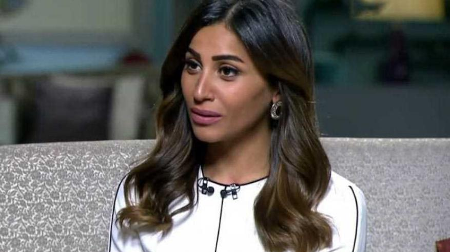 أنباء عن زواج عمرو دياب من دينا الشربيني الشهر المقبل
