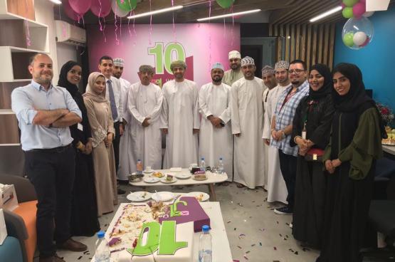 وزير الإعلام يهنئ إذاعة الوصال بمناسبة عيدها العاشر