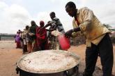 """""""فورين بوليسي"""": أزمة غذاء عالمية تلوح في الأفق.. لسبب كارثي"""