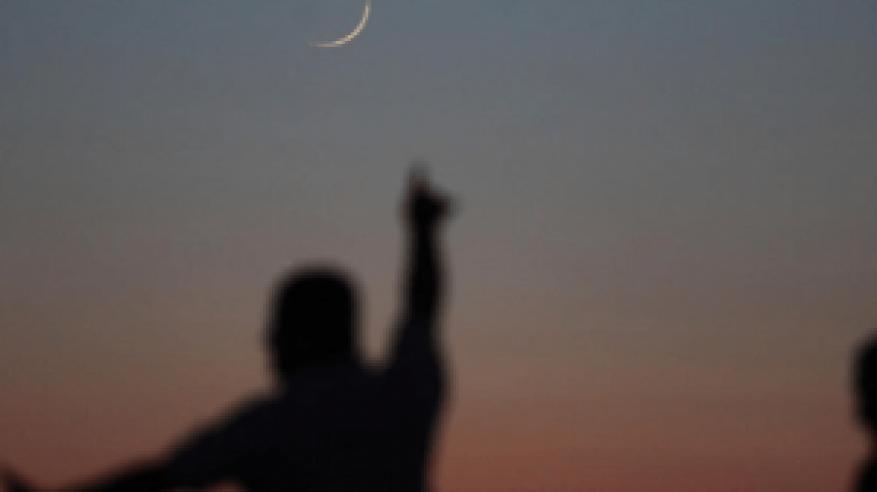 دولة عربية جديدة تعلن الاثنين أول أيام عيد الأضحى