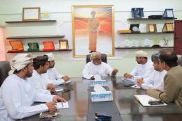 """""""تعليمية الوسطى"""" تناقش الاستعدادات لمهرجان عمان للعلوم"""