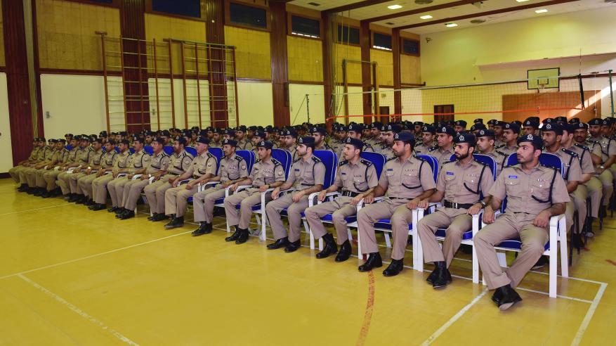 بدء دورة المهارات للضباط بأكاديمية السلطان قابوس