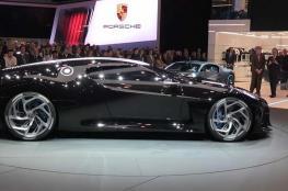 """بيع """"السيارة السوداء"""" الأغلى في التاريخ بسعر خيالي"""