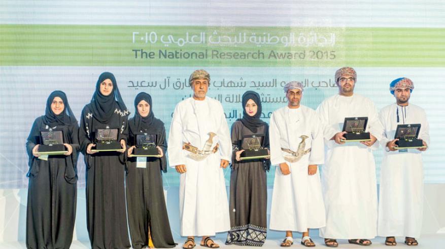 بنخلدون من عمان: البحث العلمي هو المدخل الرئيس للتنمية