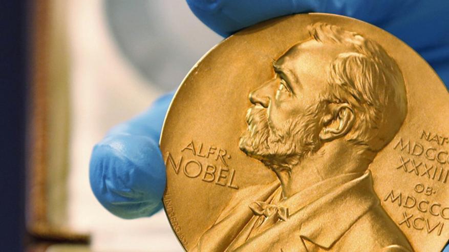 """فضيحة جنسية وراء إلغاء """"جائزة نوبل للأدب"""""""