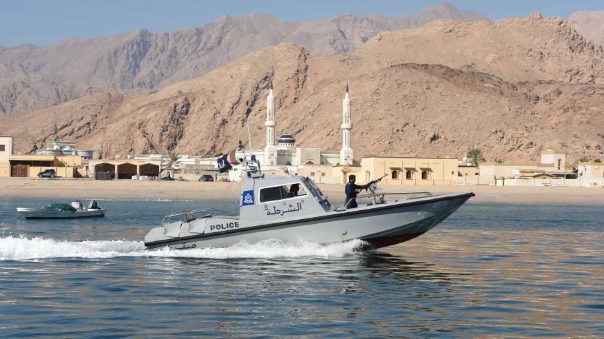 مراقبة السواحل العمانية.. عمليات متكاملة لمنع التهريب والتسلل غير المشروع