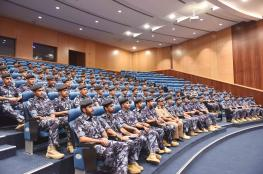 دورات الضباط المرشحين تزور قيادة شرطة الظاهرة