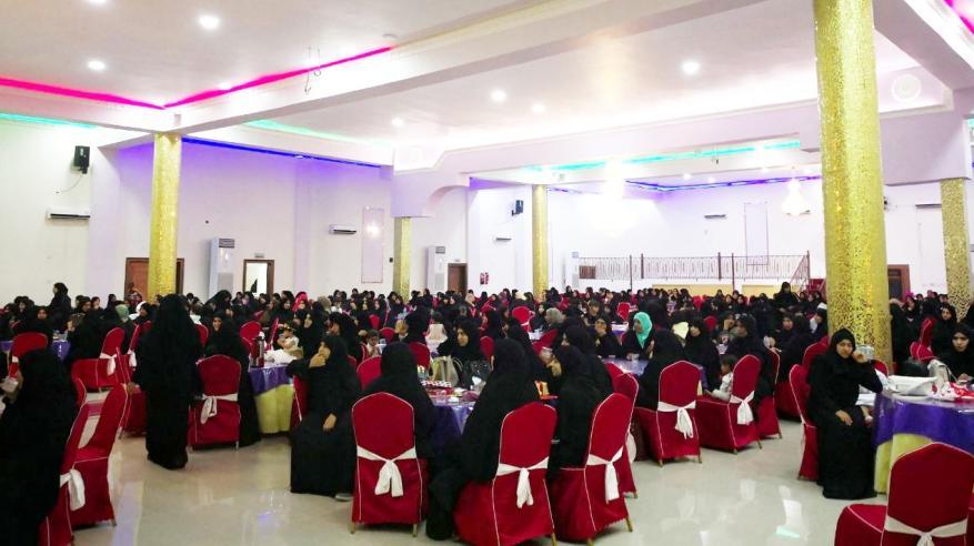 تكريم النساء المشاركات في الملتقيات الفقهية بالرستاق