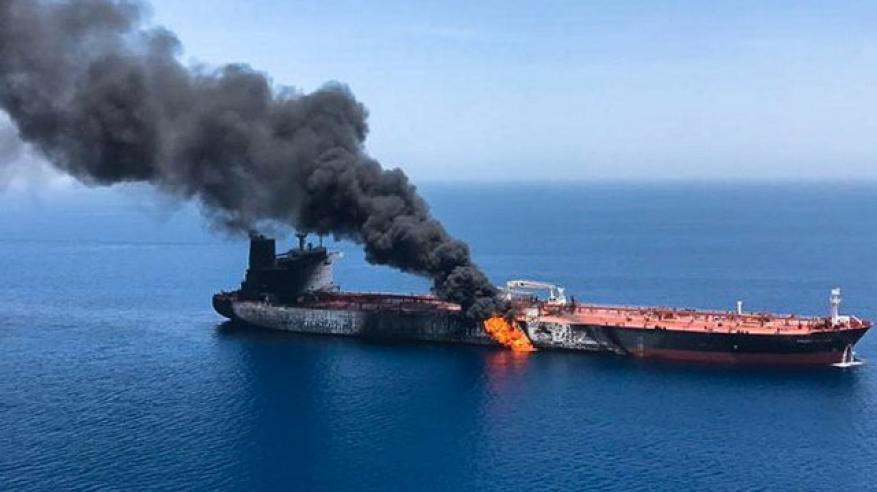 """""""نيويورك تايمز"""" تجيب على سؤال: هل تقف إيران وراء """"هجمات ناقلات النفط""""؟!"""