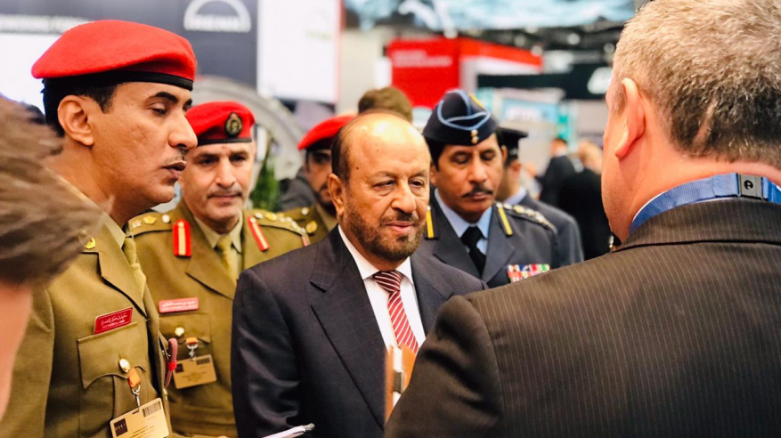 الوزير المسؤول عن شؤون الدفاع يحضر المعرض الدولي لمعدات الأمن والدفاع