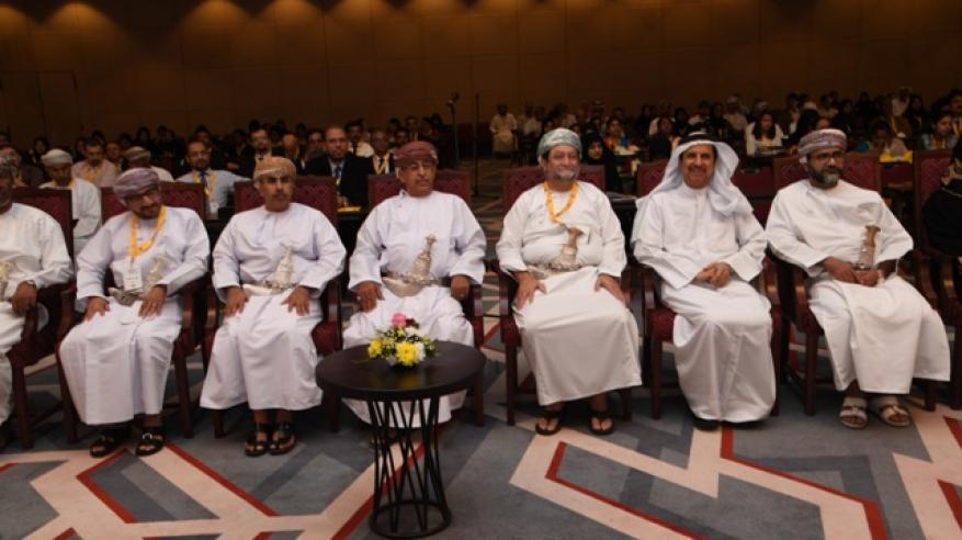 350 مشاركا من السلطنة والخارج في ملتقى الجمعية الخليجية ومؤتمر جراحة الأذن والأنف والحنجرة