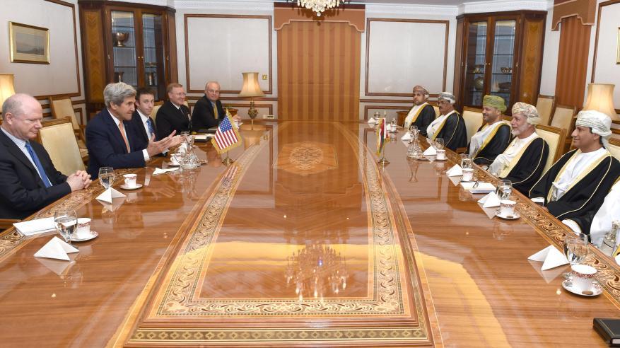 جلالة السلطان يستعرض مع وزير الخارجية الأمريكي التعاون بين السلطنة والولايات المتحدة