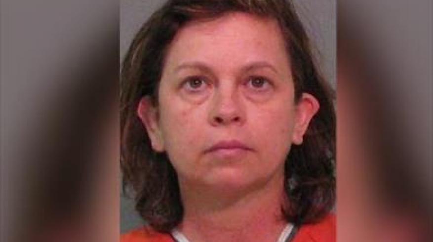 أمريكية سممت زوجها بقطرات من دواء العين بسبب خيانته