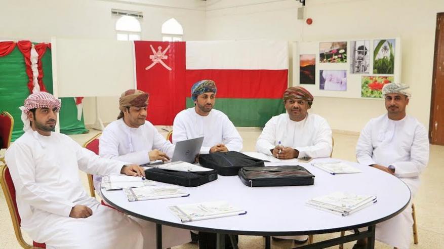 المجلس الاستشاري الطلابي يواصل اجتماعاته بجامعة السلطان قابوس