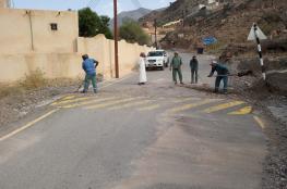 إزالة مخلفات الأمطار في قرى العوابي
