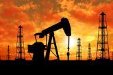 النفط يرتفع 2% قبل اجتماع للمنتجين.. وأنشطة الحفر الأمريكية تكبح المكاسب