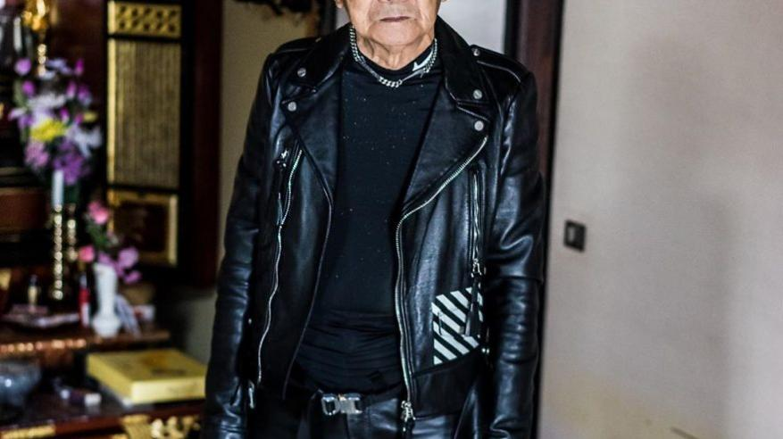 84-year-old-grandpa-is-being-viral-with-his-totally-fashion-photo-shoots-on-instagram-5cda19d854c0f__880