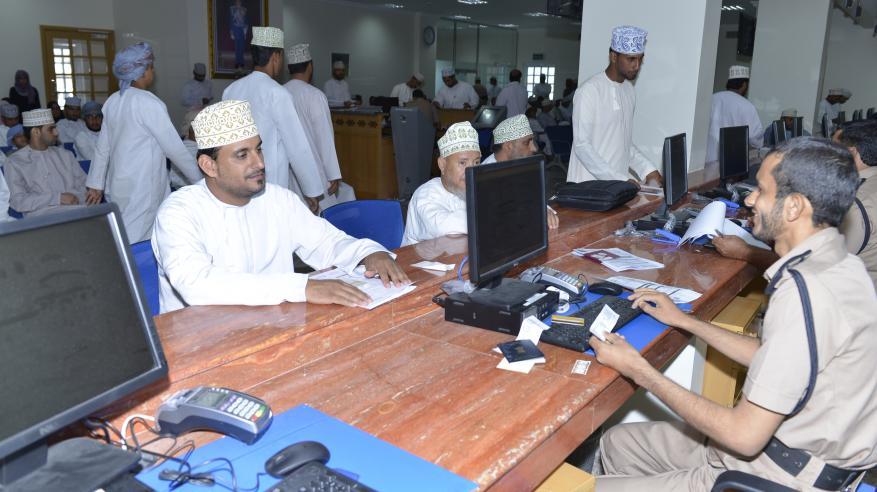 مواطنون يشيدون بخدمات الشرطة في بهلا: نقلة نوعية وتطور ملموس