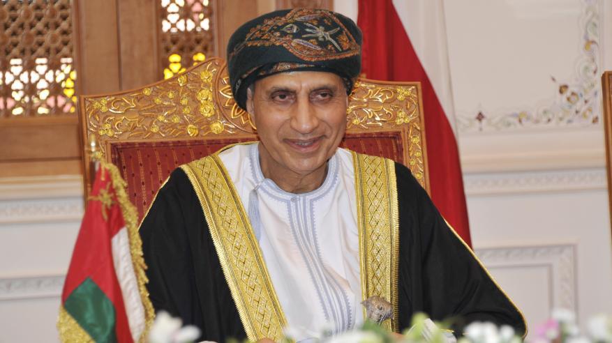 نيابة عن جلالة السلطان .. السيد فهد يشارك في القمة الخليجية الـ 40