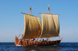 """""""الجوهرة والقبطان"""" يسلط الضوء على تاريخ """"أسياد البحار"""""""