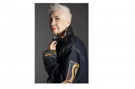 بالفيديو.. أقدم عارضة أزياء في آسيا تبلغ 96 عاما!