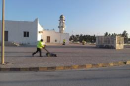 بلدية ظفار تواصل حملة النظافة العامة بمدينة صلالة